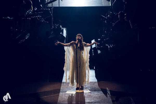 Florence + the Machine @ Ηρώδειο: Κοσμική αγάπη