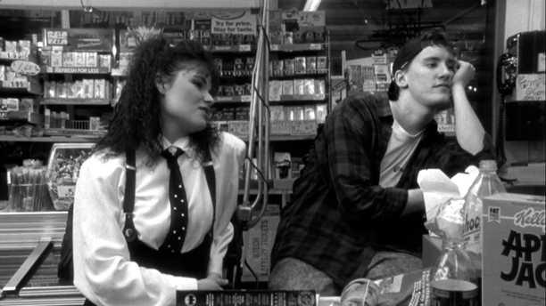 Είδαμε το Clerks στο βίντεο κλαμπ του Mix Grill
